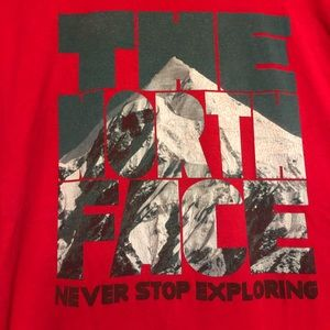 The North Face Mountain Graphic T-Shirt Red Mens L